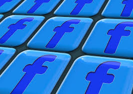 tastiera facebook